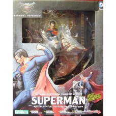 Superman BvS ArtFX+ Statue
