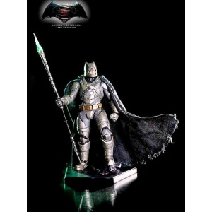 Armored Batman Battle Damaged Ver Art Scale